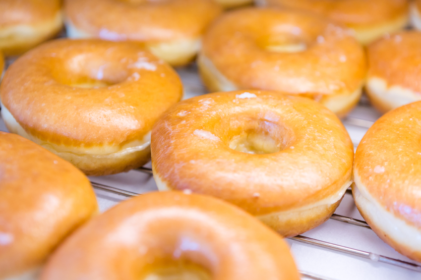How to make old fashioned donuts at home