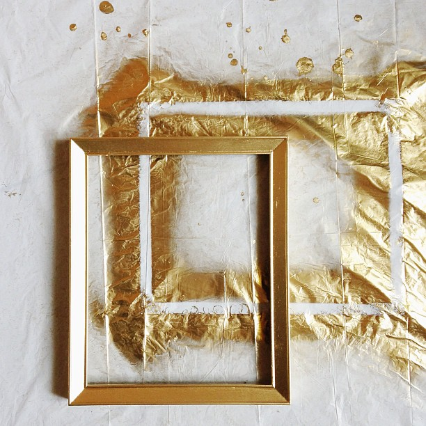 4 diy projects using picture frames for Picture frame diy projects